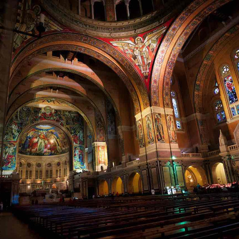 Basilique Ste Therese - Lisieux 02