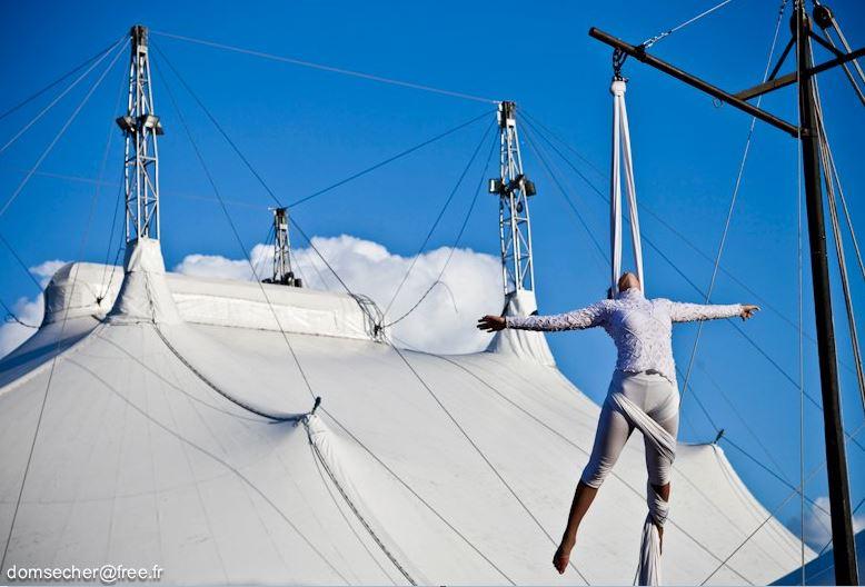Cirque Nomade accrobates