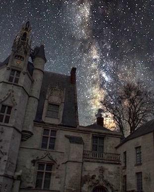 MUDO la nuit miniature.jpeg