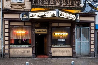 U_Zlaté_rukavice.jpg