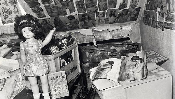 Obývák a věci Fritze Honky.jpg