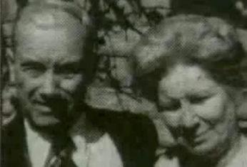 Maxson a Lela Kneiling