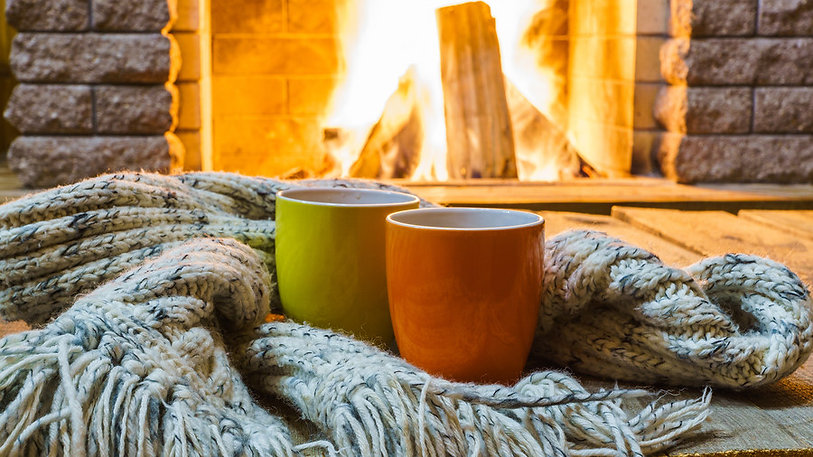 fireplace_and_coffee_cups_gettyimages-86