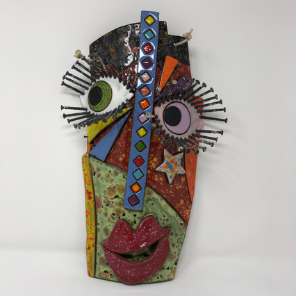 Mask with Vertical Diamonds
