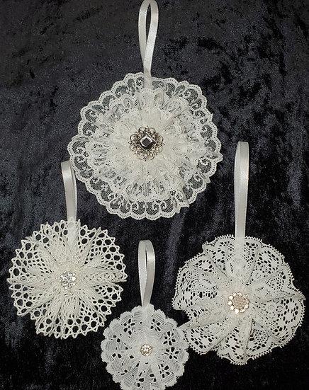 Lace Flower Ornament Set