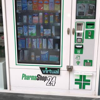 Distributore automatico Pharmashop23 Sarco Srl faramacie