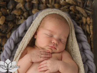 A Comfortable Newborn Session