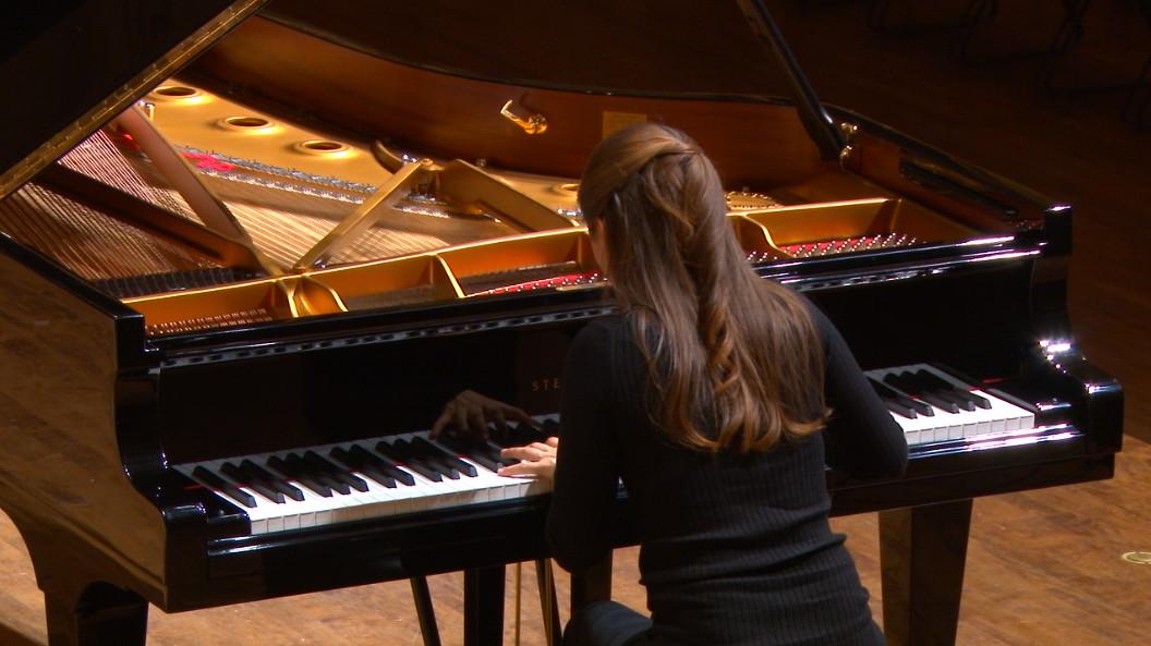 Marina Yakhlakova- Mechanics Hall
