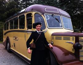 Wren & Bus2.jpg