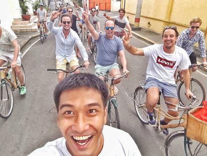 5 Reasons You Should Tour on a Bike