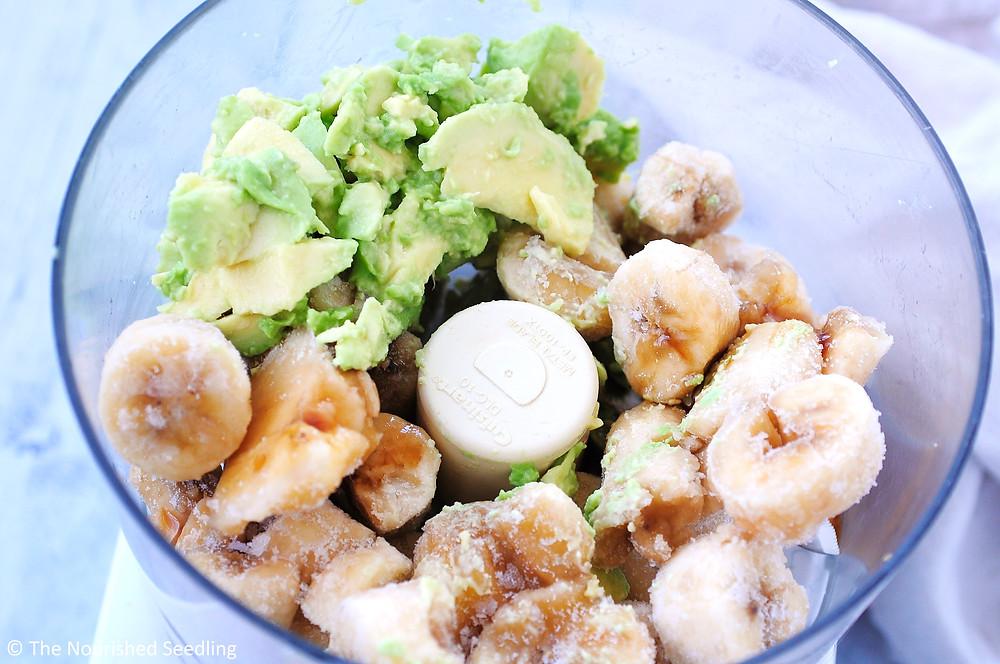 healthy-vegan-avocado-banana-ice-cream