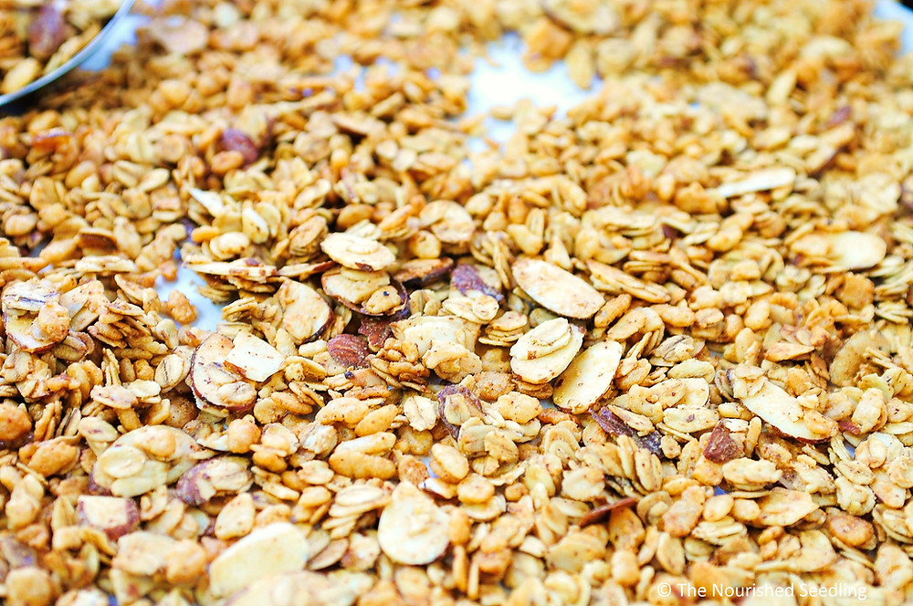 almond-maple-granola-recipe