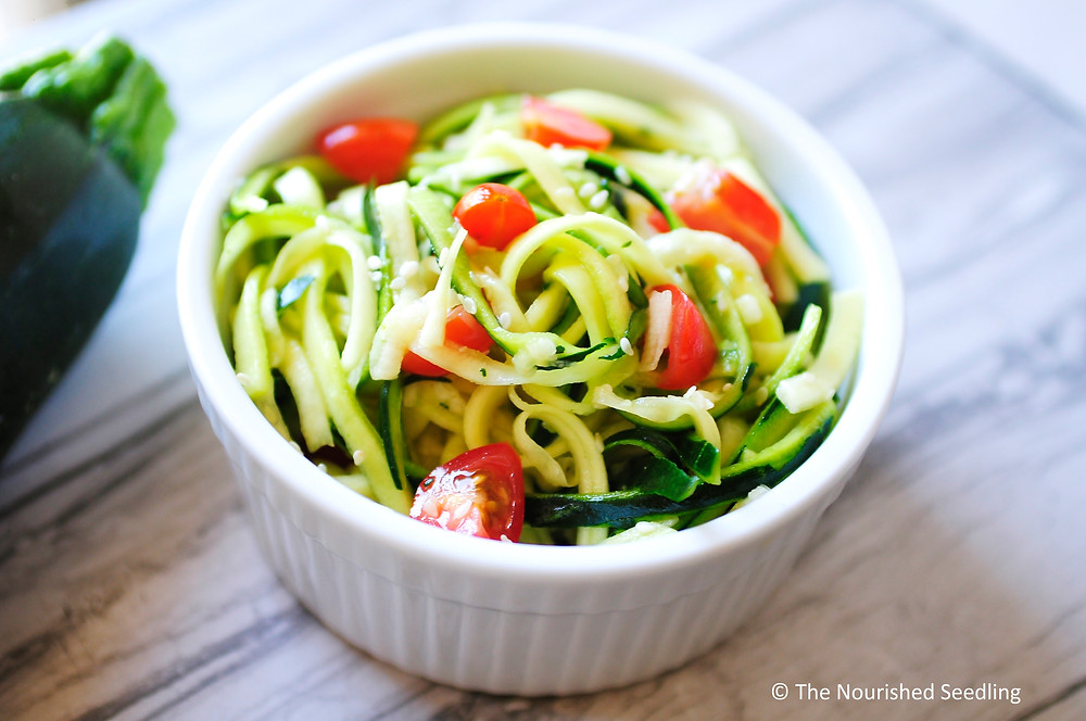spiralized-zucchini-noodle-salad-recipes