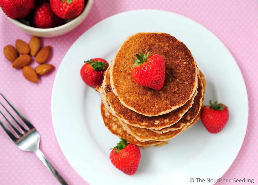 gluten-free-strawberry-almond-pancakes