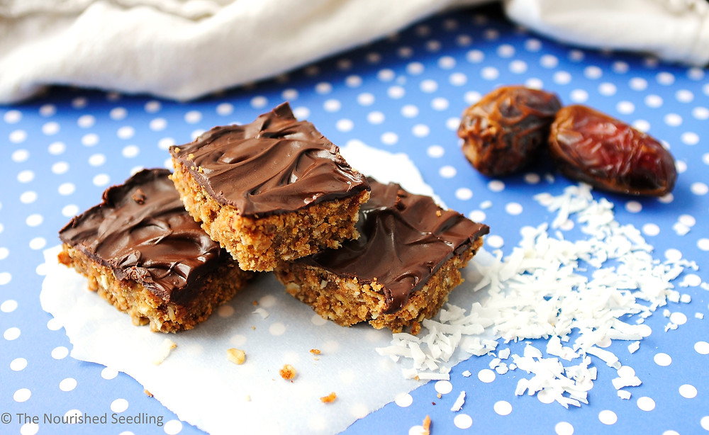 gluten-free-date-and-peanut-butter-oat-bars