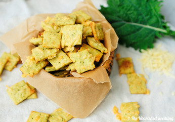 Kale and Parmesan Cheese Crackers
