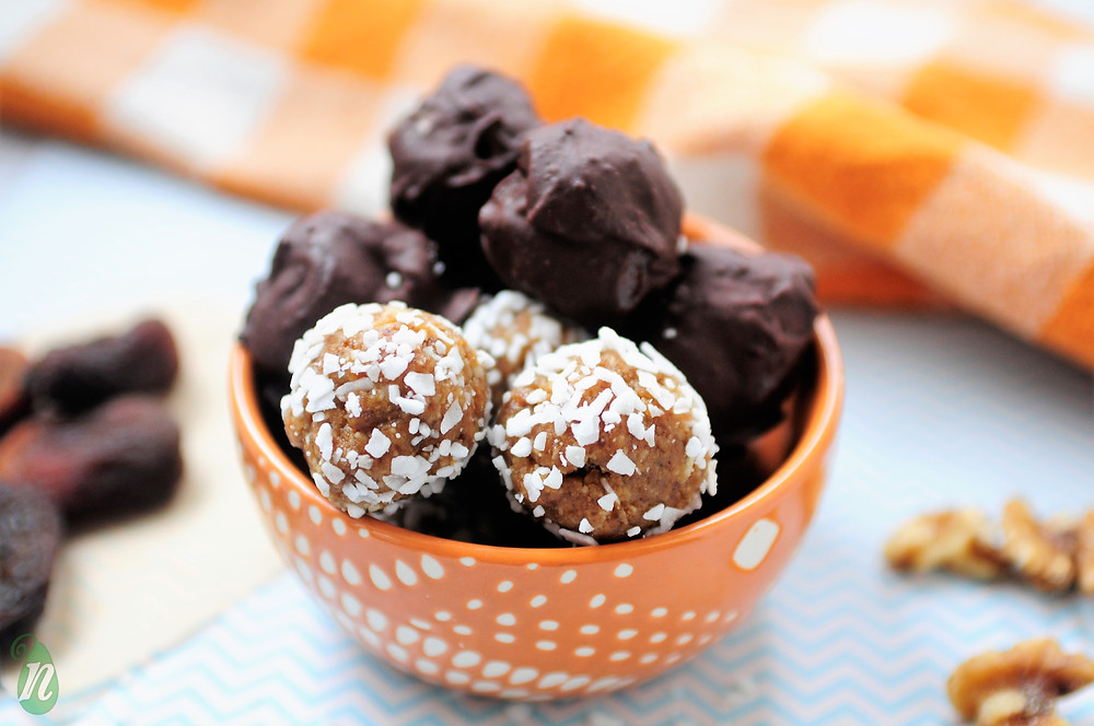 healthy apricot coconut truffles