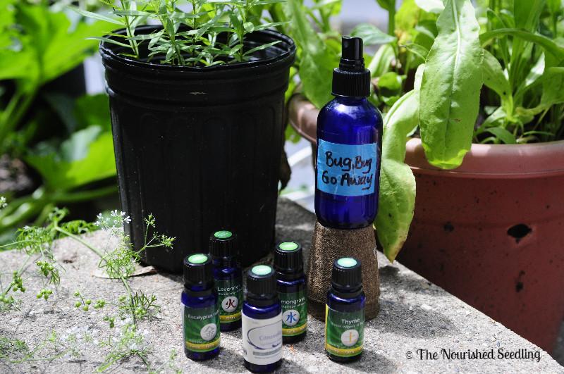 homemade-bug-spray-with-essential-oils