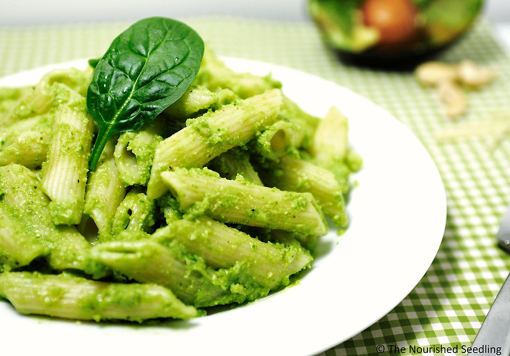 avocado-spinach-pesto-pasta
