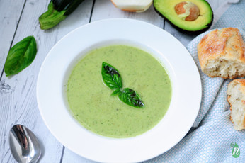 Healthy Creamy Zucchini and Avocado Soup