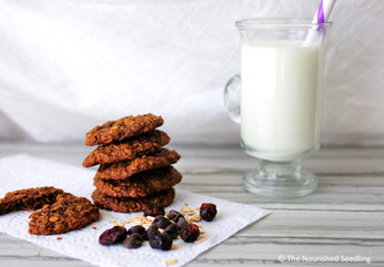 Gluten Free Molasses and Almond Oat Cookies