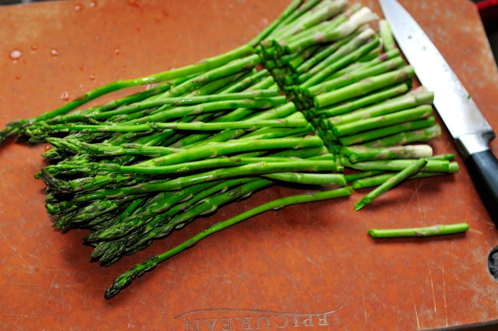 how-to-cut-asparagus