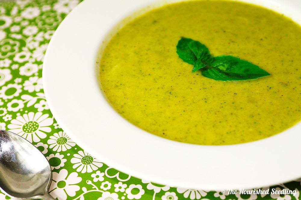 creamy avocado and zucchini soup