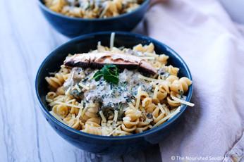 Creamy Portobello Mushroom and Kale Pasta