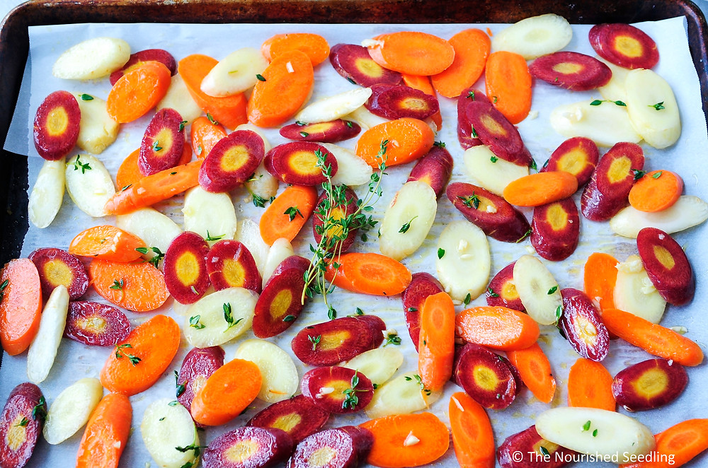 thyme-and-garlic-roasted-carrots