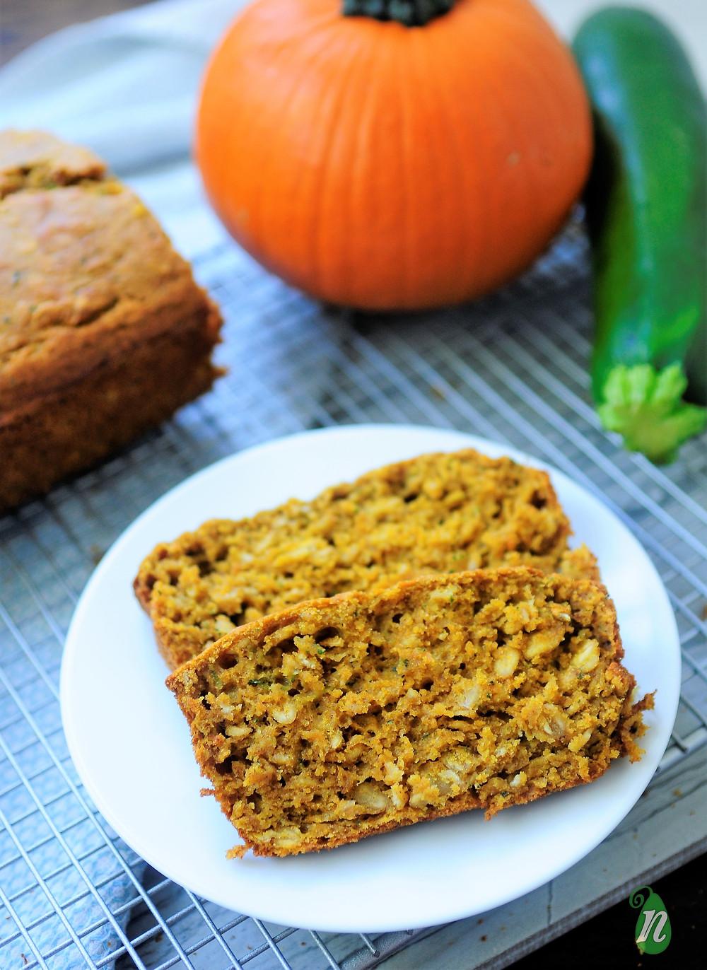 healthy-pumpkin-spice-bread