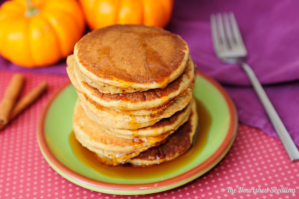 healthy-whole-wheat-pumpkin-pancakes