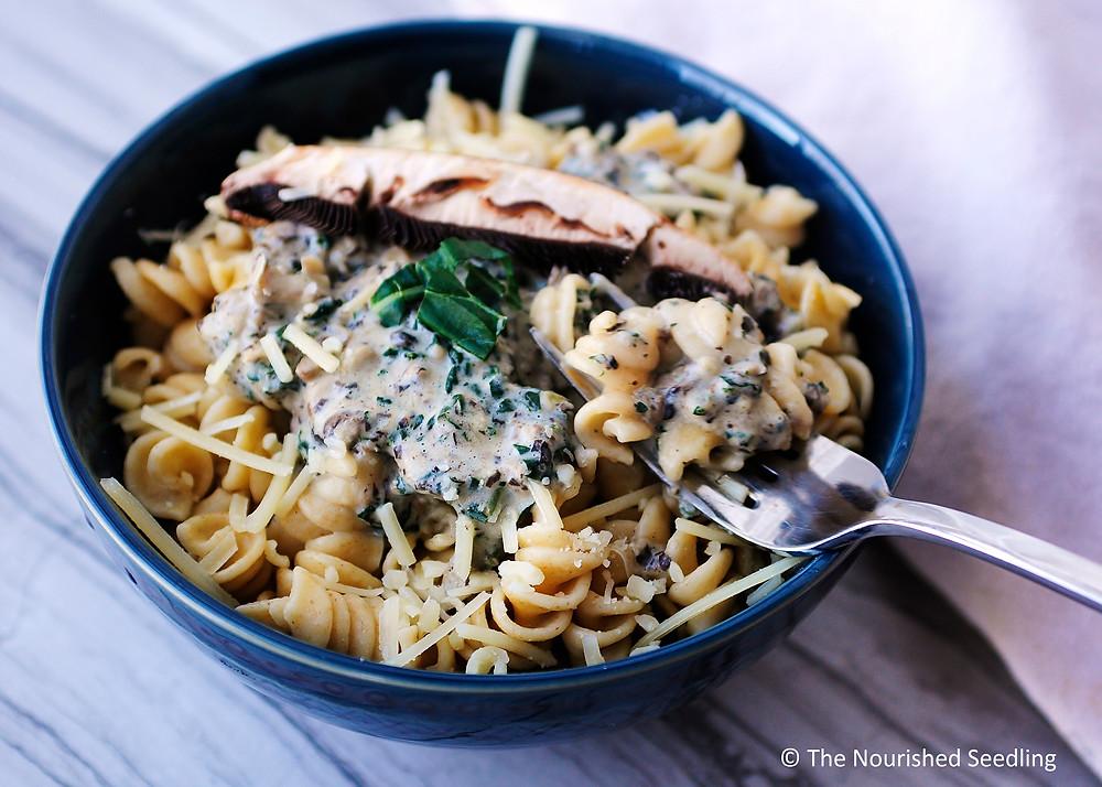creamy portobello mushroom and jale pasta
