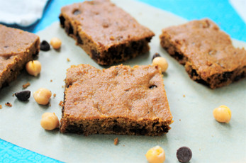 Whole Wheat Chickpea Blondies