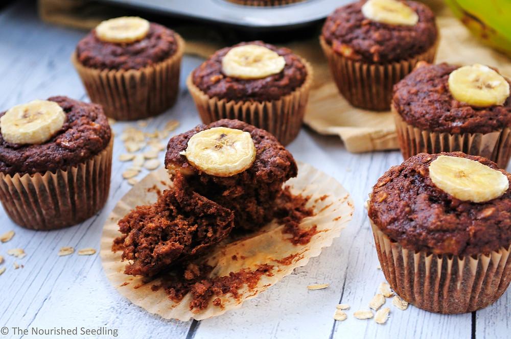 healthy-chocolate-banana-muffins