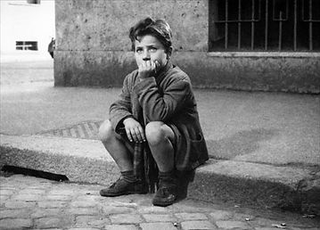 Enzo_Staiola_in_Bicycle_Thieves.jpg