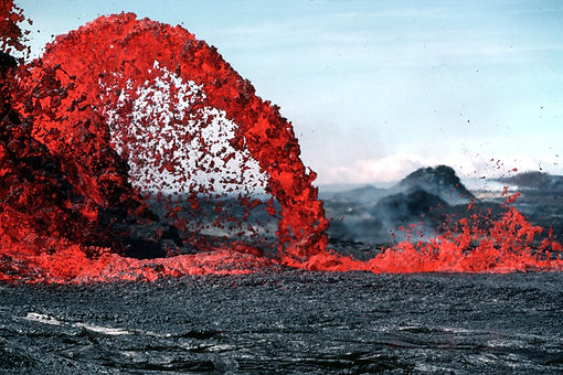 erupting-lava-during-daytime-73830.jpg