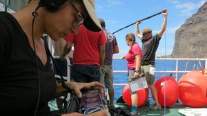 Mujeres trabajando en sonido de cine