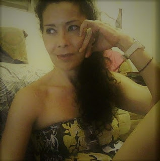 isol, isol fernandez, pelo rizo, curly hair, curly girl method, gray hair, grey hair, canas, pelo con canas, transicion a las canas, gray  hair transition, curly girl method, cgm, pelo gris, puerto rico