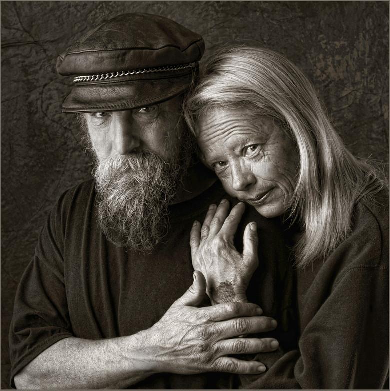 homeless couple in black and white.jpg