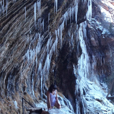 26.C9.Figure3.Bellerose_Weeping Rock dan