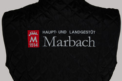 Marbach Weste Schwart nur Logo