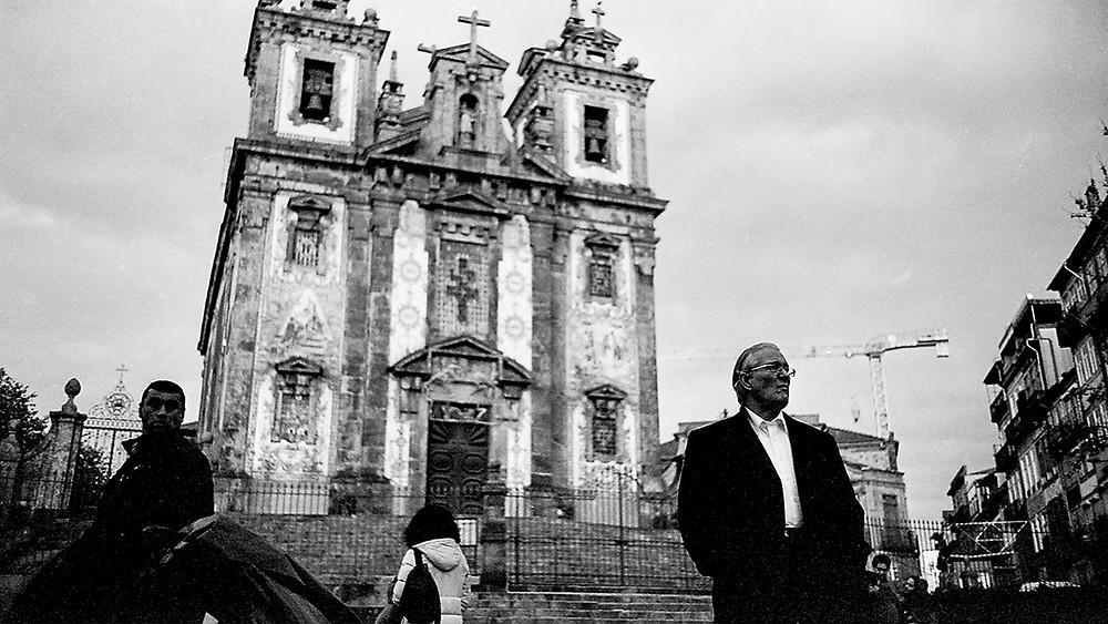 Streets of Porto. Exhibition by Nuno Cruz in RAW Streetphoto Gallery Rotterdam