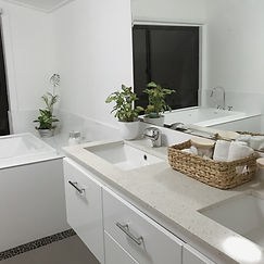 Room 2 bathroom June 2019.JPG