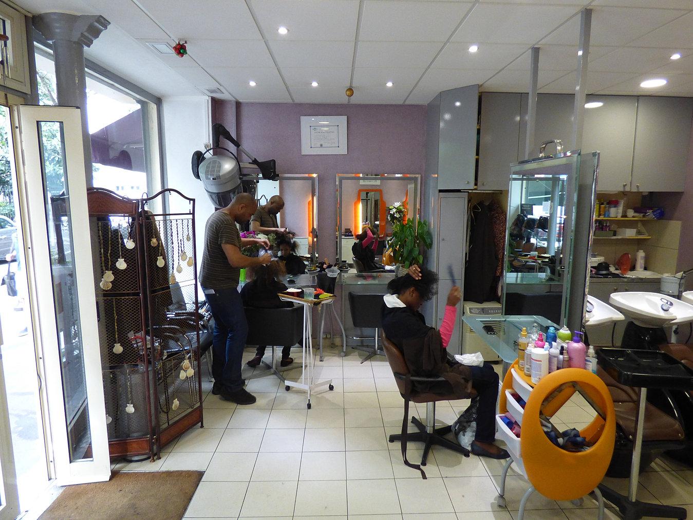 Coiffeur paris 75013 johan lydie coiffure for Salon coiffure afro paris