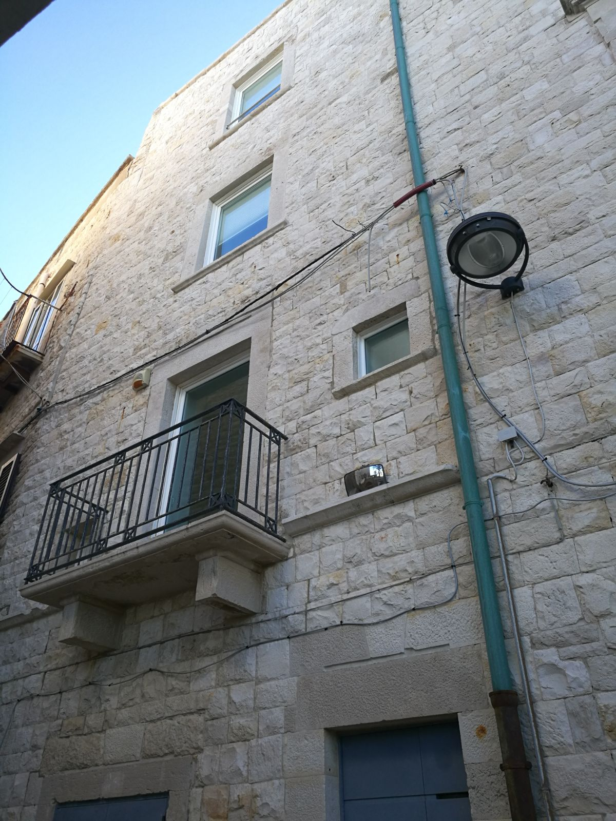 Edificio in Via San Girolamo 15 -17