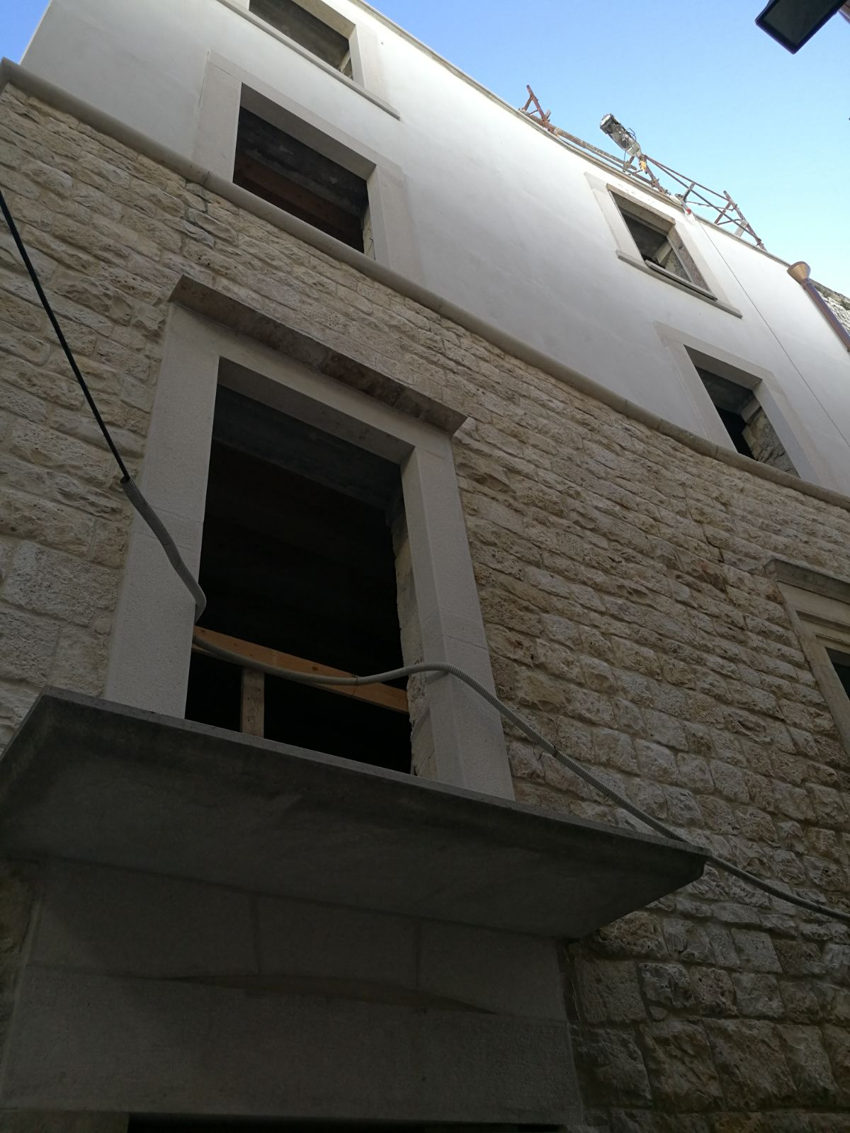 Edifici in Via Scibinico, 2
