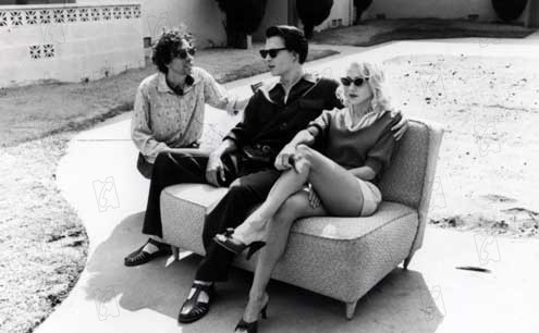 Tim Burton, Johnnny Depp et Sarah Jessica Parker complotant...