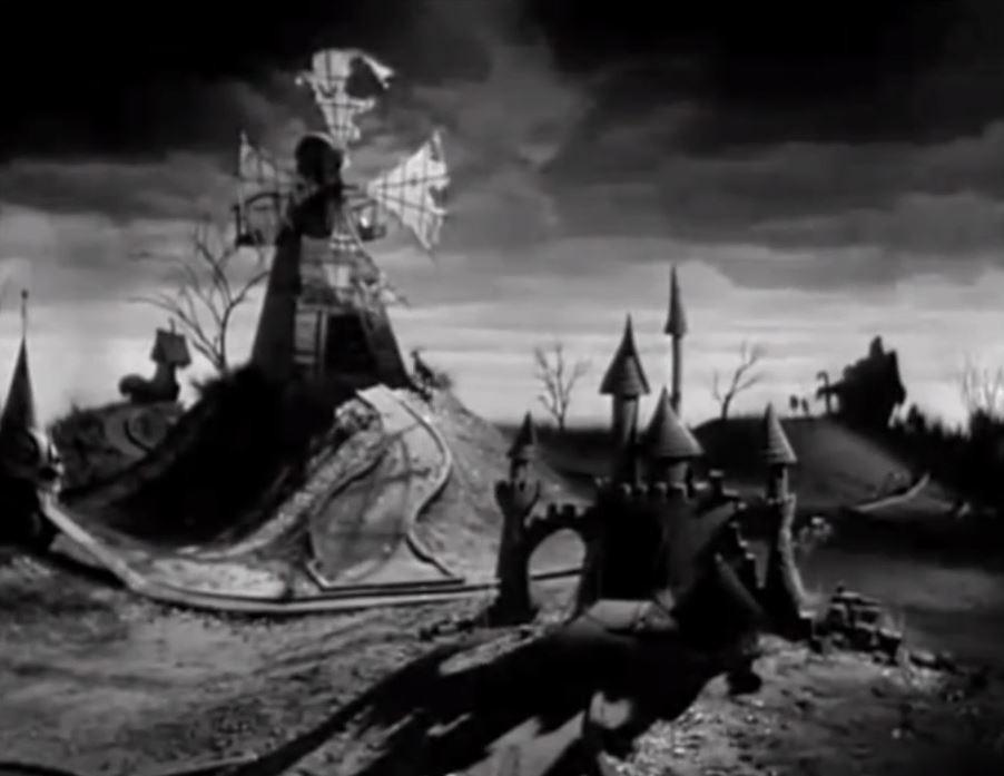"""Petit moulin et château de sable nocturne : bref, un """"Frankenstein"""" bien enfantin !"""