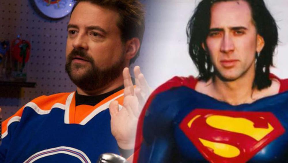 A gauche, Kevin Smith, le scénariste momentané, à qui Jon Peters demandait d'intégrer dans le script une araignée géante, à la fin, mais aussi Chewbacca de Star Wars, des gardes du corps pour Superman et une bataille avec des ours polaires...