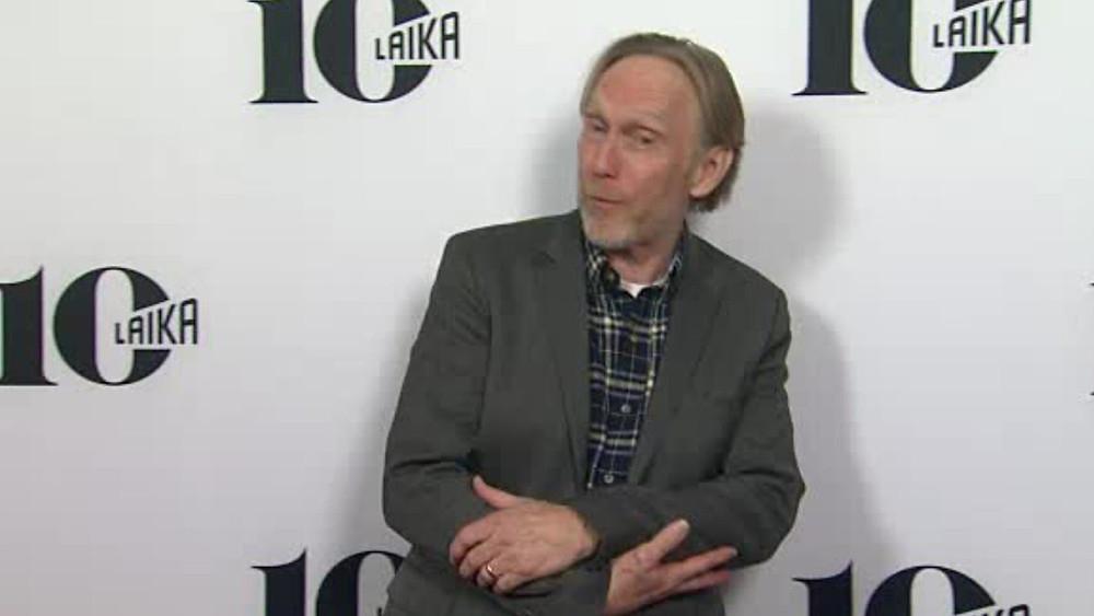 Henry Selick fêtant lui aussi le dixième anniversaire des studios Laika.